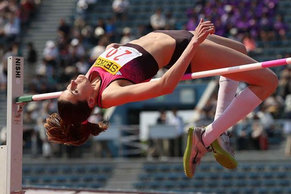 Anna Chicherova at the 2013 Seiko Golden Grand Prix in Tokyo (Yohei Kamiyama / Agence SHOT)