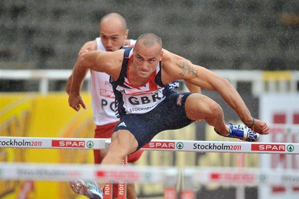Andy Turner beats strong winds and rain to take the high hurdles victory in Stockholm (DECA Text&Bild)