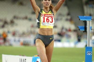 Gulnara Samitova-Galkina continues her Steeplechase dominance in Athens (Tsiklitiria organisers)