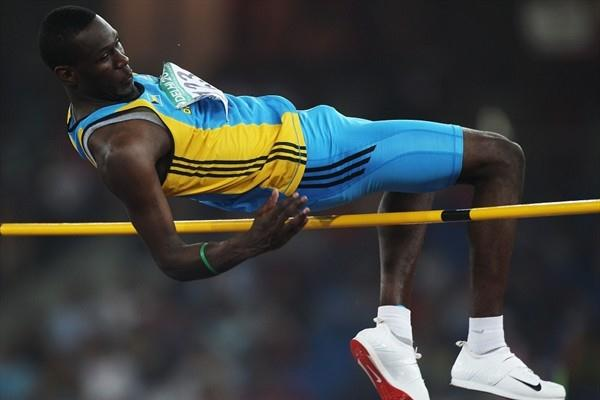 Donald Thomas scales a 2.32m season's best to take Commonwealth gold (Getty Images)