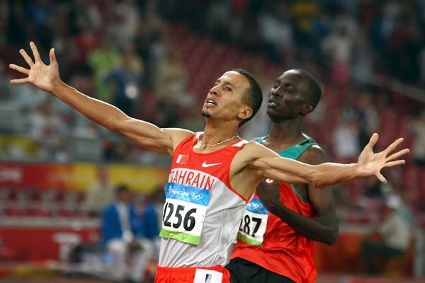 Rashid Ramzi beats Asbel Kiprop to the line in the men's 1500m final (Getty Images)