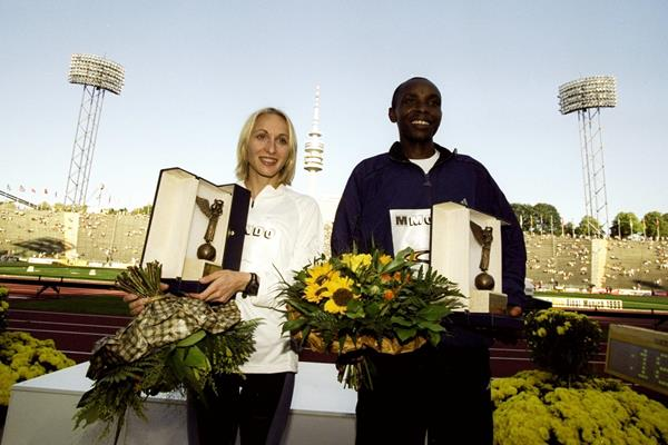 Gabriela Szabo and Bernard Barmasai after the 1999 IAAF Grand Prix final (Getty Images)
