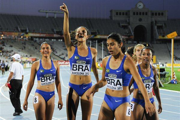 Camila de Souza, Tamiris de Liz, Nathalia da Rosa and Jessica Carolina dos Reis of Brazil celebrate after winning the bronze medal on the Women's 4x100 metres Relay Final of the IAAF World Junior Championships in Barcelona on 14 July 2012 (Getty Images)
