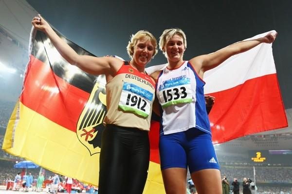 Barbora Spotakova and Christina Obergfoll celebrate their gold and bronze medals (Getty Images)