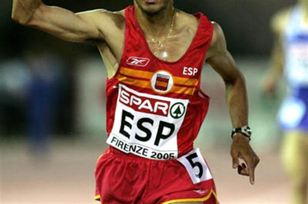 Juan Carlos de la Ossa of Spain wins the men's 5000m in Florence's European Cup (Getty Images)