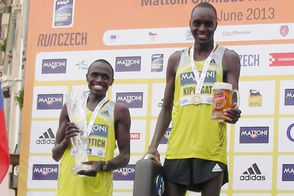Henry Kiplagat on top of the podium at the Mattoni Half Marathon in Olomouc (Organisers)