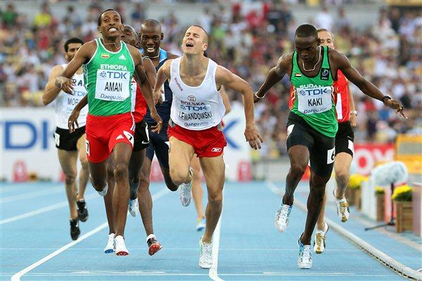 Mohammed Aman (l) winning his semi-final at the World Championships in Daegu (Getty Images)