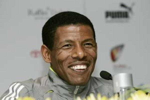 Haile Gebrselassie at the Dubai Marathon Press Conference (c)