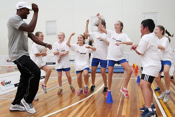 David Oliver dances 'Gangnam style' with children at the launch of the IAAF Nestle Healthy Active Kids Athletics in Melbourne (Getty Images)