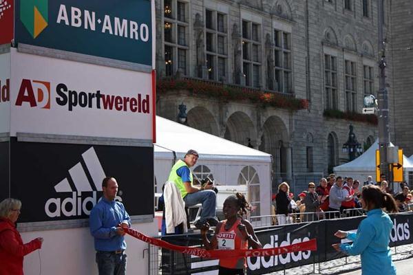 Rotterdam Half - Women's race won by Lydia Cheromei (Ken) in a course record of 1:08:35 (John de Pater)