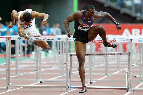 David Oliver runs 12.89 in Paris (Errol Anderson)