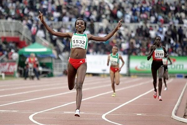 Tirunesh Dibaba taking the African 10,000m title in Nairobi (Mohammed Amin)