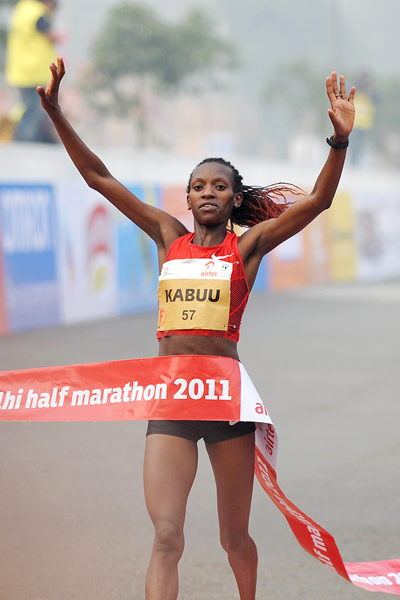 Lucy Kabuu winning in New Delhi (AFP / Getty Images)