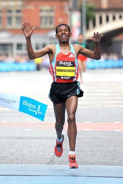 Third Manchester 10Km title for Gebrselassie (2010) (Mark Shearman)