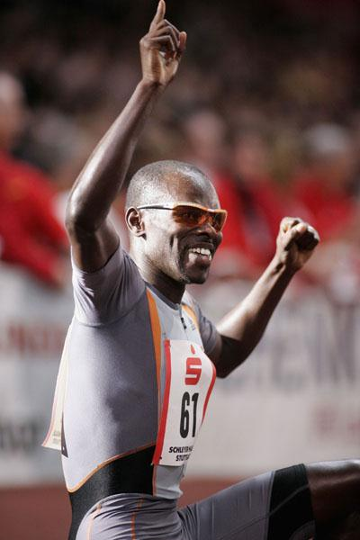 Wilfred Bungei after his win at the 2006 Sparkassen Cup (Bongarts)