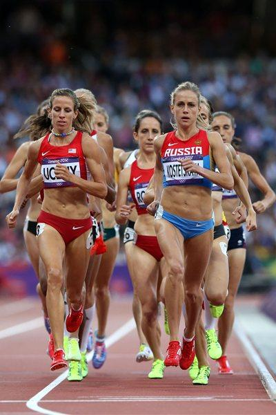 (L-R) Morgan Uceny of the United States and Ekaterina Kostetskaya of Russia compete in the Women's 1500m Semifinals on Day 12 of the London 2012 Olympic Games  on 8 August 2012 (Getty Images)
