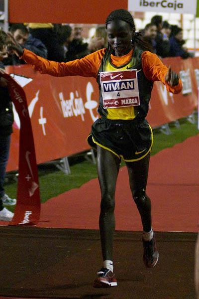 Vivian Cheruiyot brings in 2008 with a narrow victory in Madrid (Negami)