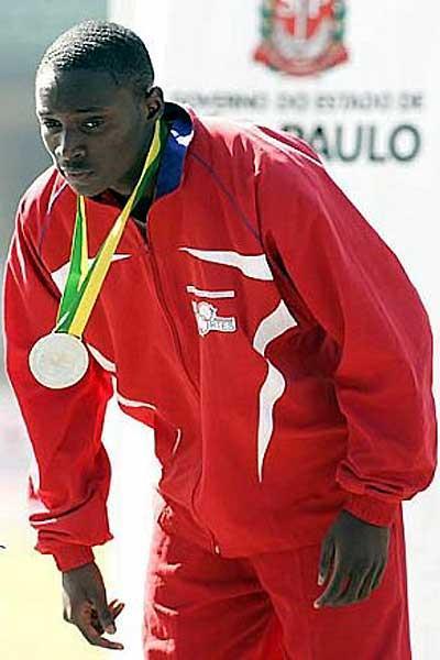 Alonso Edwards (PAN) the 100m star of the 2007 South American Junior Championships (Wander Roberto Oliveira/CBAt Divulgação)