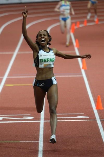 All smiles - Meseret Defar after her world best for two miles in Prague (Pavel Lebeda/Ceska Sportovni)