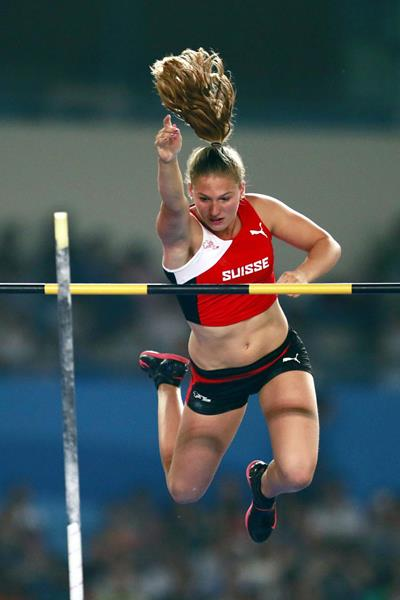 Angelica Moser on her way to winning the Youth Olympic pole vault title (YOG LOC)