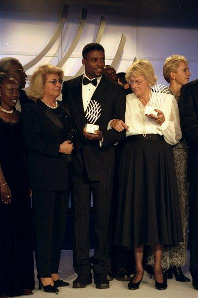 21 Nov 1999: Giovanna Nebiolo, with Athletes of the Century Carl Lewis and Fanny Blankers-Koen at the IAAF Gala in the Salle D''Or of the Grand Hotel in Monte Carlo, Monaco. (Getty Images)