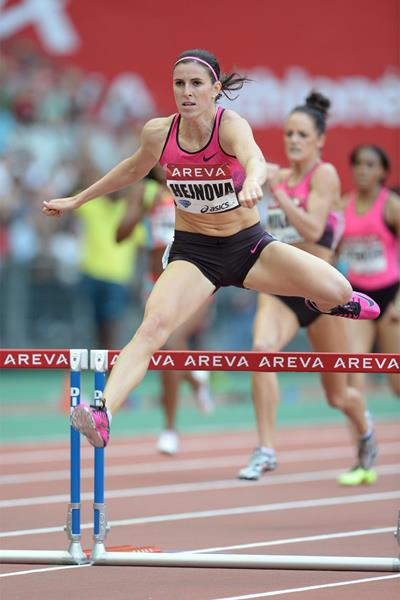 Zuzana Hejnova on her way to winning the 400m Hurdles at the 2013 Paris Diamond League (Jean-Pierre Durand)