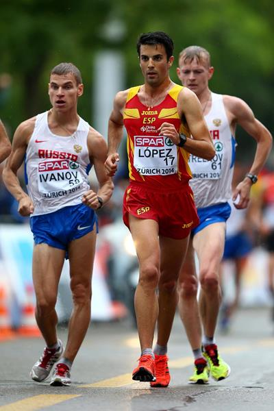 Miguel Angel Lopez on his way to victory in the 20km race walk at the European Championships (Getty Images)
