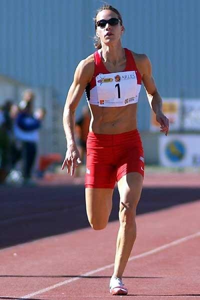 Jessica Zelinka from Canada brings home the win in Arles - Day 2 (Lorenzo Sampaolo)