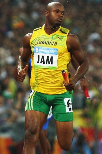 Asafa Powell, anchor of the record-breaking Jamaican 4x100m relay team (Getty Images)