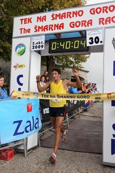 Antonio Toninelli wins the 2009 Šmarna gora race - WMRA (Ales Fevžer)