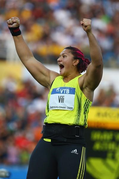 Valerie Vili celebrates her huge heave of 21.07m in the women's Shot (Getty Images)