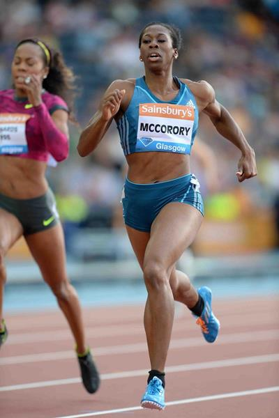 Francena McCorory winning the 400m at the 2014 IAAF Diamond League meeting in Glasgow (Jiro Mochizuki)