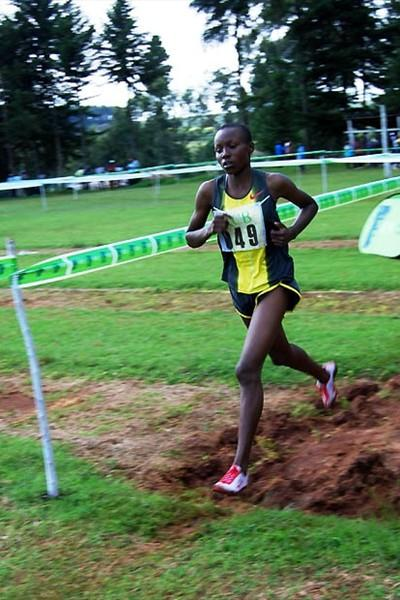 World 3000m junior champion Mercy Cherono on the way to winning the junior women's 6km race at the second Athletics Kenya Cross Country Championships in Kericko, Rift Valley on 15 Nov 08 (Elias Makori)