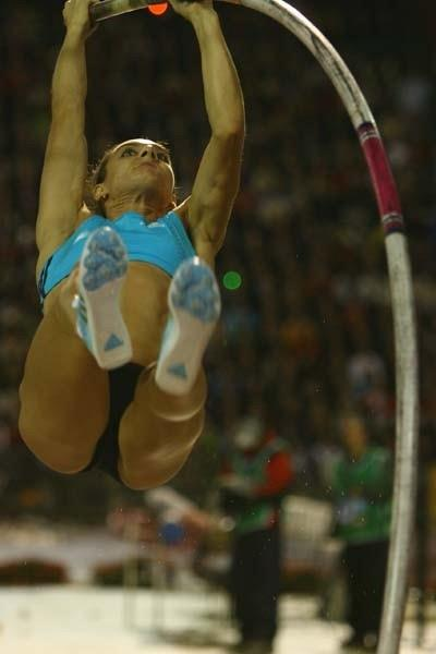 Yelena Isinbayeva of Russia in action during the Pole Vault (Getty Images)