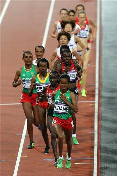 Werknesh Kidane of Ethiopia leads the pack in the Women's 10,000m Final on Day 7 of the London 2012 Olympic Games at Olympic Stadium on August 3, 2012 (Getty Images)