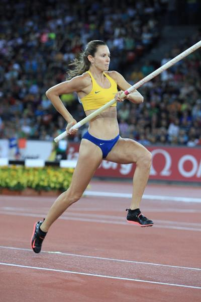 Fabiana Murer at the 2014 IAAF Diamond League final in Zurich (Jean-Pierre Durand)