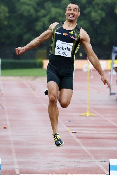 Roman Sebrle long jumping at the 3rd TNT-Fortuna Combined Events meeting in Kladno (Jan Kucharcik, atletika.cz)