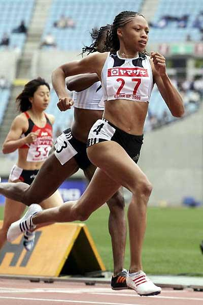 Allyson Felix on her way to the 100m win in Osaka (Getty Images)