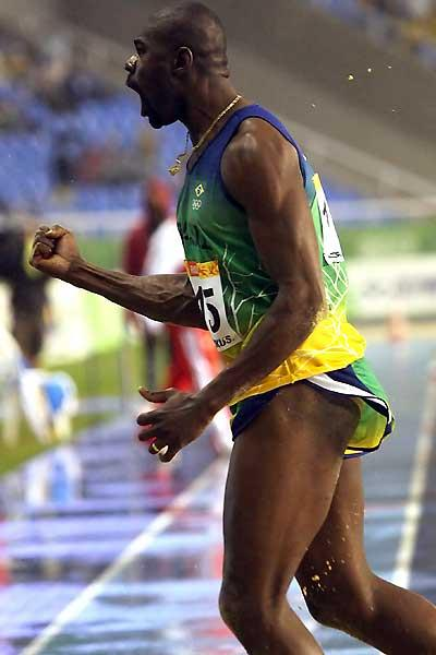 Jadel Gregorio of Brazil roars out approval after Triple Jump victory at the Pan Am Games (Bruno Miani/ CBAt)