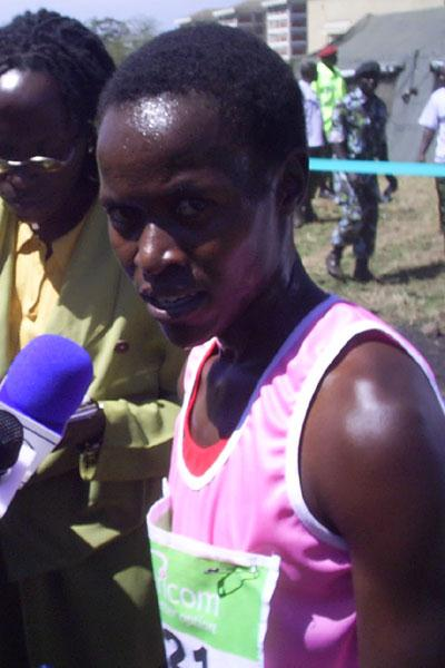 Linet Chepkirui with reporters after taking the women's 8 km title at the Kenyan Armed Forces Championships (Omulo Okoth)