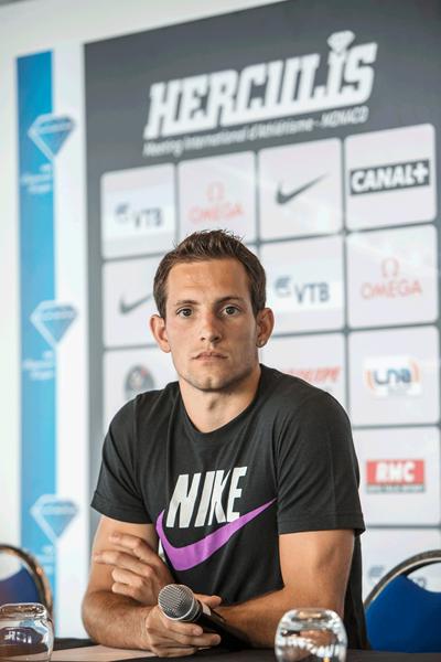 Renaud Lavillenie at the Monaco Diamond League press conference (Philippe Fitte)