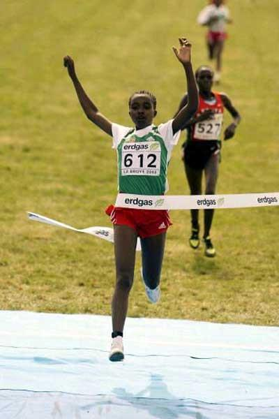 Ethiopia's Tirunesh Dibaba wins the women's junior race in Lausanne (Getty Images)