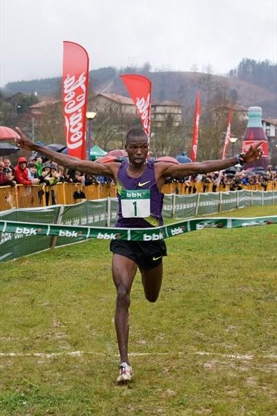 Another dominating run by Joseph Ebuya, this time with a 40-second victory in Amorebieta (Unai Sasuategi)