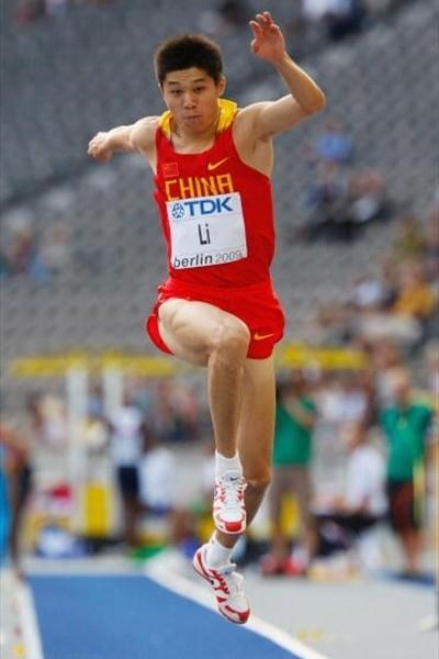 Li Yanxi triple jumping in Berlin at the World Championships where he came sixth (Getty Images)