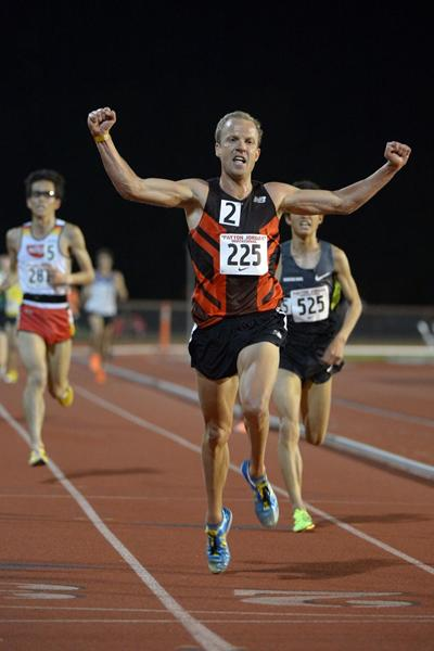 Ben St. Lawrence wins the 10,000m at the 2013 Payton Jordan Invitational (Kirby Lee)