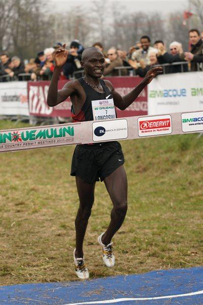 Kenya's Thomas Longosiwa taking the victory at the 2012 Cinque Mulini (organisers)
