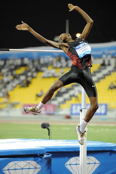 Mutaz Essa Barshim in action at the 2012 Doha Diamond League (Jiro Mochizuki)