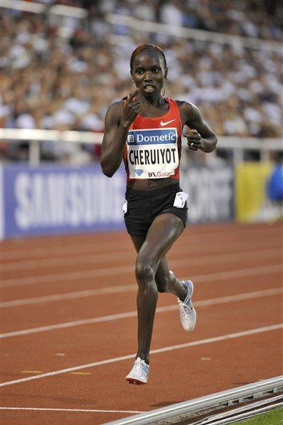 Vivian Cheruiyot, the emphatic 5000m winner in the 2011 DN Galan (Hasse Sjogren / DECA Text&Bild)
