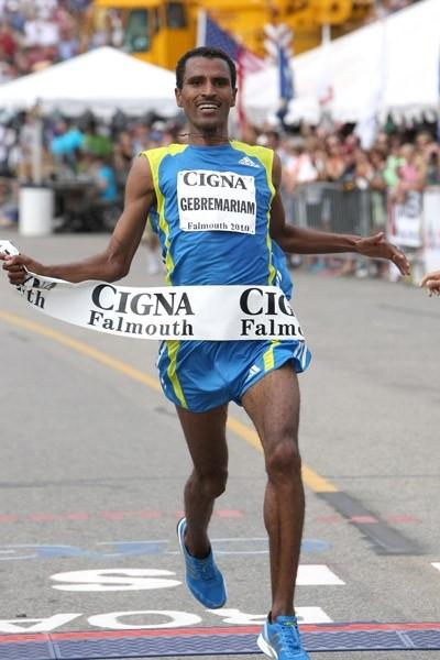 Gebre Gebremariam takes a narrow victory at the Falmouth Road Race (Victah Sailer)