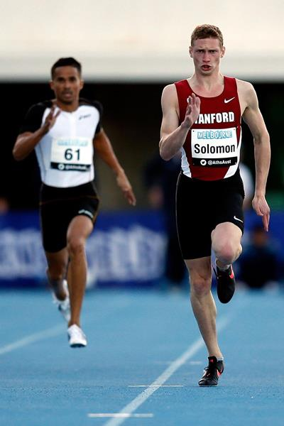 Steven Solomon on his way to winning the 400m at the 2014 Australian Championships (Getty Images)